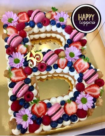 cake topper números para adornar las tartas de cumpleaños. Vive un cumpleaños feliz con nuestros adornos para tartas