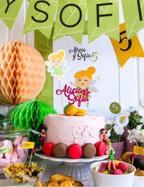 cake topper para cumpleaños con nombres y edad. Decora tu fiesta con este cake topper.