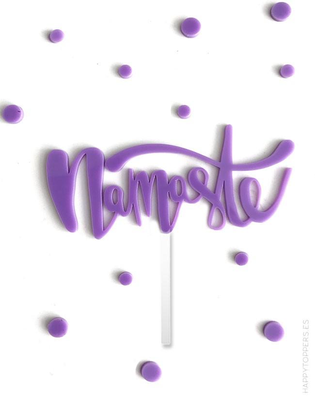 La palabra namaste en acrílico para adornar eventos y momentos especiales. Cartel namaste.