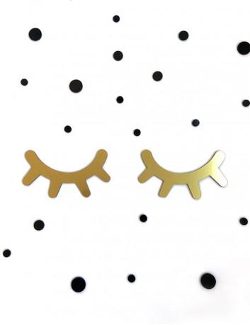 decora la pared de la habitación de los niños con las pestañas de colores mini sleepy eyes en dorado mate