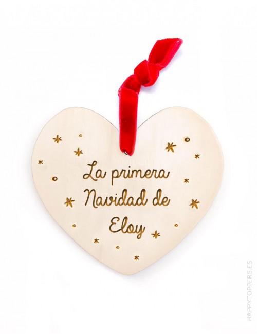 adorno de navidad personalizado corazón de madera grabada con la frase la primera navidad de... grabamos tu nombre
