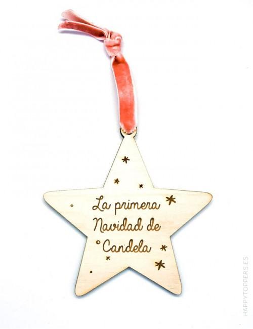 adorno de navidad personalizado estrella de madera grabada con la frase la primera navidad de... grabamos tu nombre