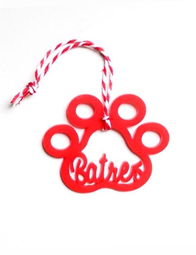 regalo navidad para mascotas, con su nombre personalizado. Adorno en forma de huella con nombre del perro.