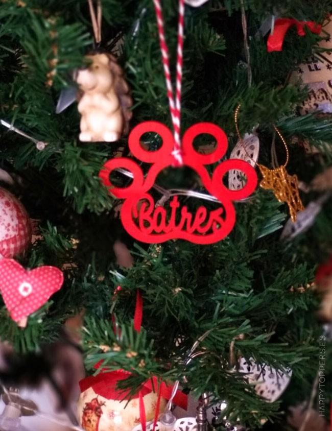 adorno navidad personalizado para mascotas en forma de huella de perro con el nombre