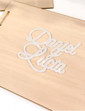 Album de fotos en madera personalizable para pegar tu cake topper. Portada y contraportada.