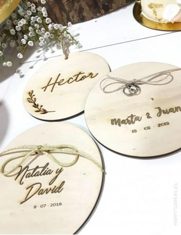 porta alianzas para boda personalizado con el diseño que te guste. Te mandamos boceto a tu gusto