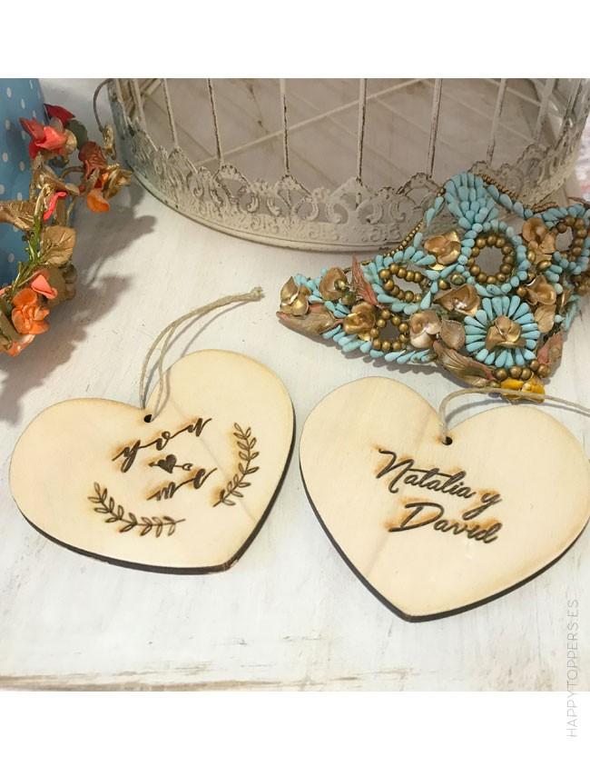 adorno colgante en madera persoanlizable para grabar nombres,  fecha, dedicatoria...