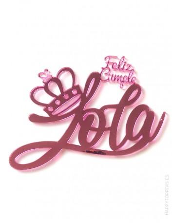 Sé original en la tarta de cumpleaños con este adorno que hacemos con tu nombre, rosa espejo, muchos colores a elegir