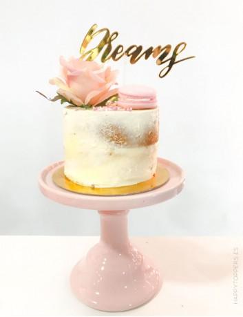 Cake topper para decorar tu celebración con la palabra dreams en oro espejo, hacemos cake toppers personalizados con nombre
