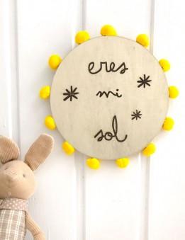 adorno decoracion pared redondo en madera natural para decorar la habitación de los niños