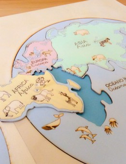mapa mundi en madera montessori puzzle para aprender los continentes
