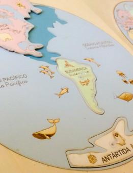 puzzle mapa mundi en madera montessori encajables los continentes