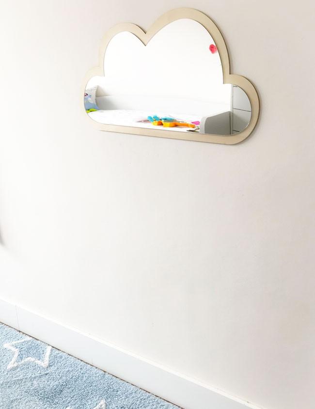 espejo decorativo niños en forma de nube combinado con madera natural