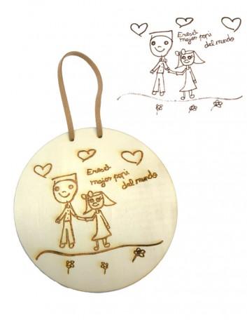Dibujos de los niños sobre madera, un recuerdo imborrable. Madrid