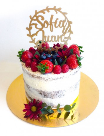 Adornar tarta de bodas con el nombre de los novios personalizado