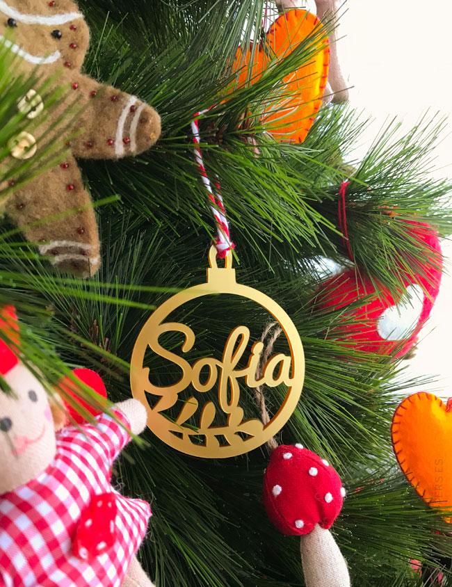 bolas de navidad con nombre para colgar en el árbol
